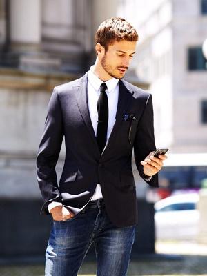 A gravata é uma excelente opção para deixar o look mais formal