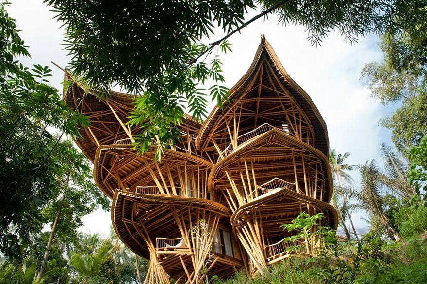 Casa sustentável Bambu Eleora Hardy 01