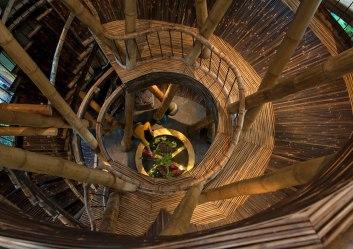 Casa sustentável Bambu Elora Hardy 07